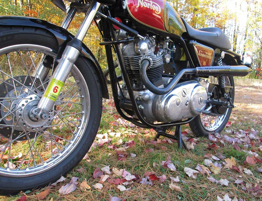 Norton Commando Archives Classic Bike Experience No Wiring Track Lighting If You Promise Not To Laugh At A Rookie Rider Here Is Video Of Our Second Day On The New Hampshire Motor Speedway